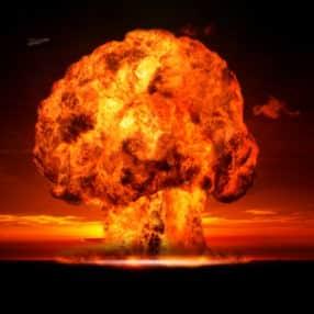 Nuclear-Holocaust_web